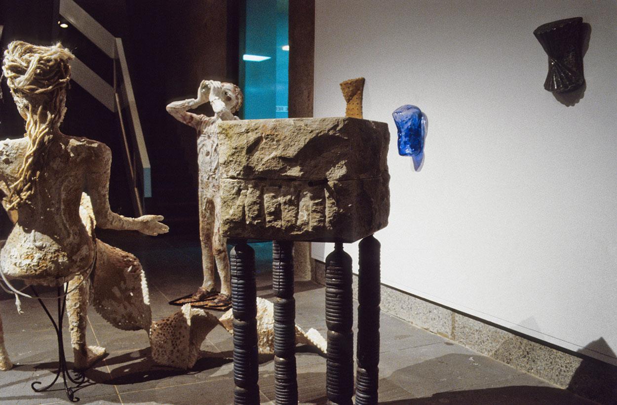 Toni Warburton, Artist. 4th National Sculpture Triennial, National Gallery Victoria (catalogue), 1990